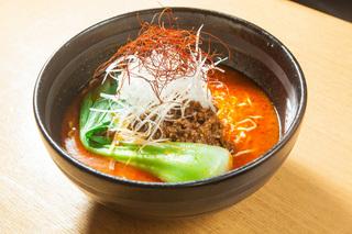 激辛_麒麟園 担担麺.jpg